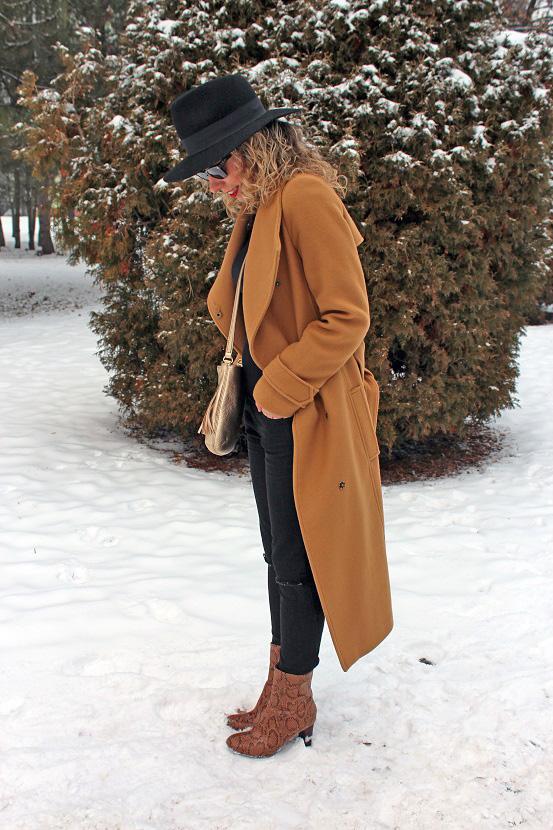 camel coat 3 skuška